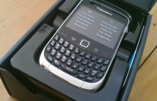 Unboxing of Globe Telecom's Blackberry Curve 9300 3G